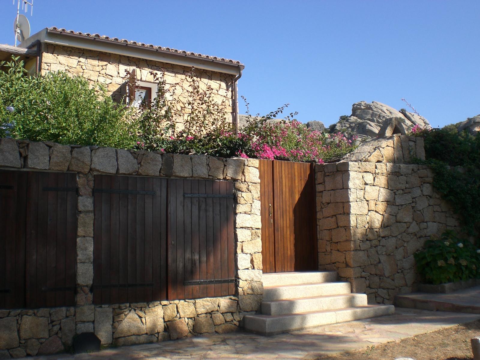 Sardegna affitto appartamento quadrilocale greluno for Affitto casa sardegna